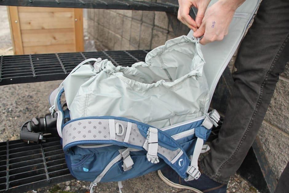 Lowepro-Camera-Bag-Rain-Cover