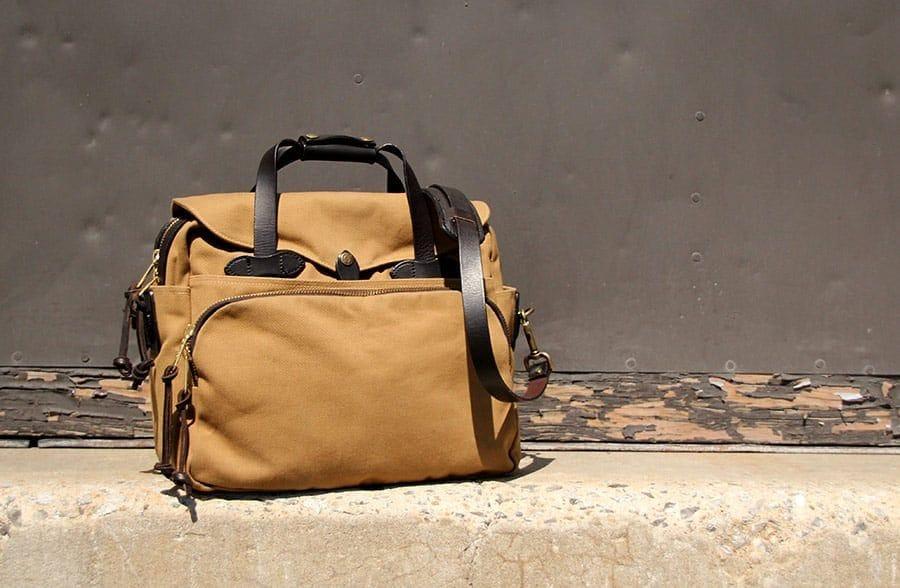 Filson-bag-padded-laptop