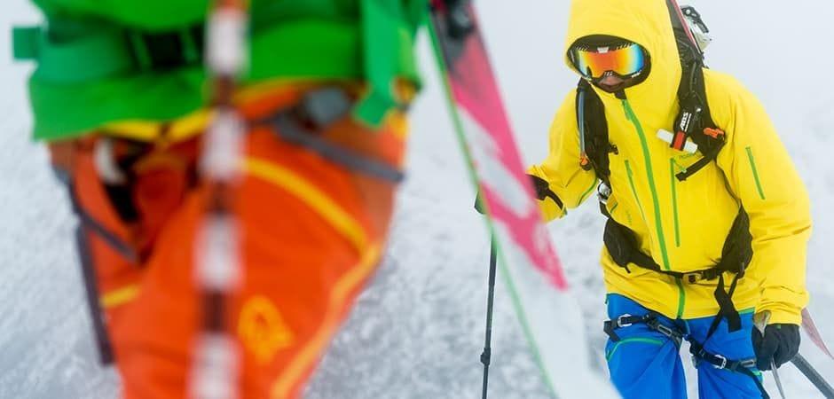 Norrona. L'ensemble de ski Lofoten Gore-Tex Pro de Norrøna au banc d'essai