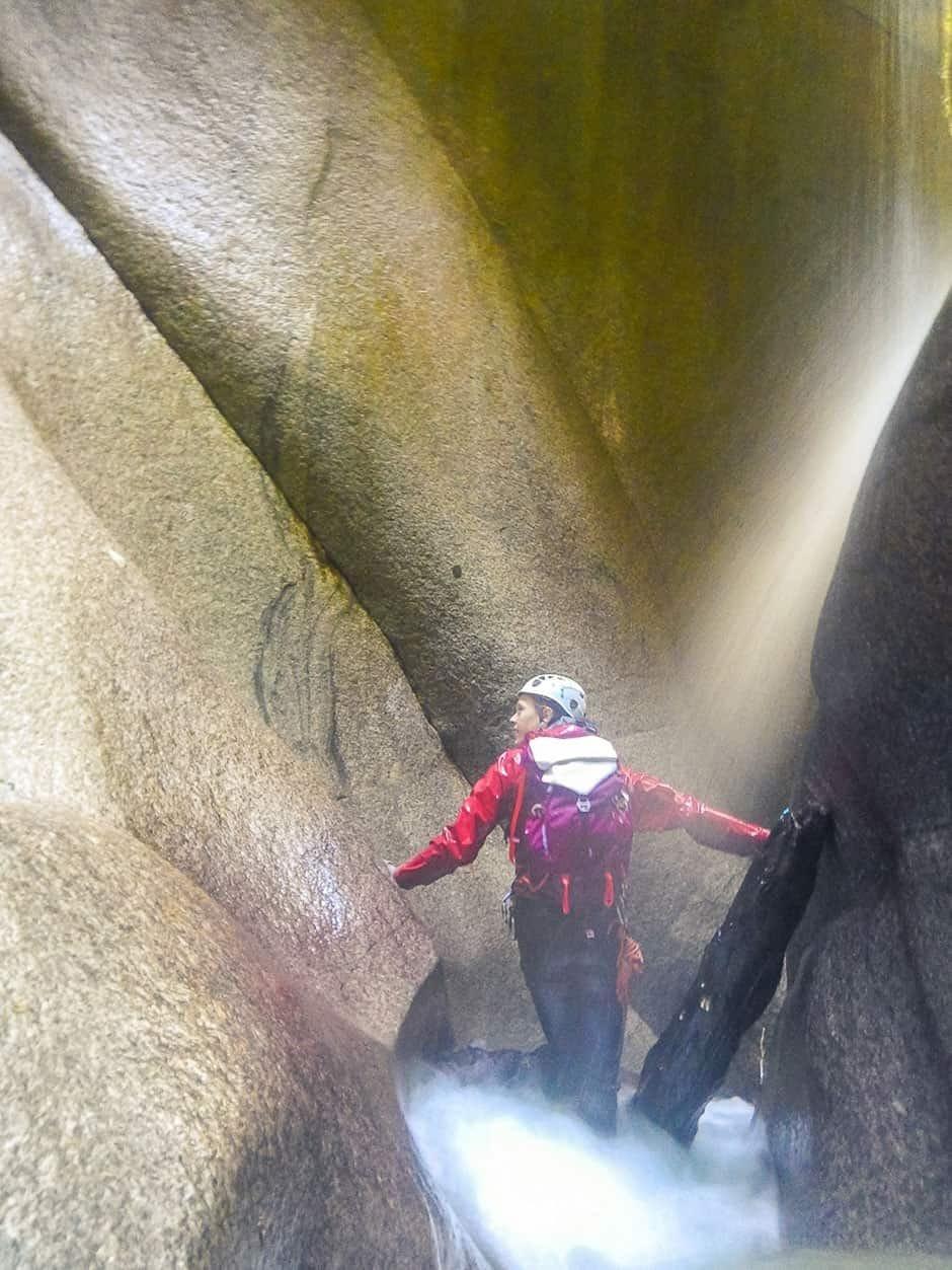 scrambler-30-mountain-hardwear-waterproof