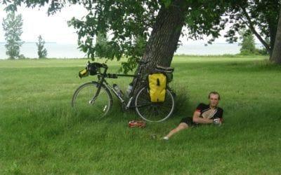 Vélo & cyclisme. Histoire de casques.