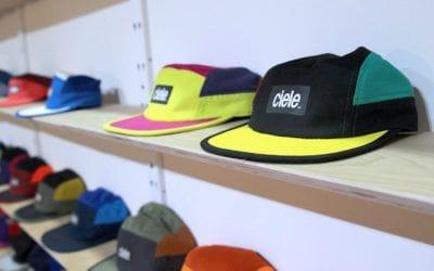 Ciele. Ciele: changer le monde une casquette à la fois.