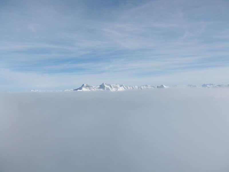 _Albert-Peak-revolstock