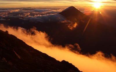 . 5 volcans que vous pouvez escalader dans le monde.