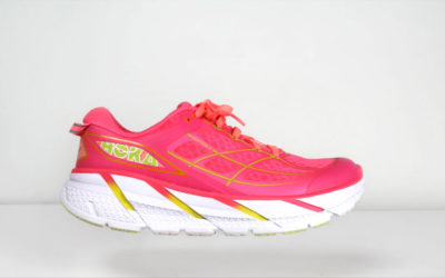 Hoka One One, Running. Maximalist VS Minimalist Running Shoes.