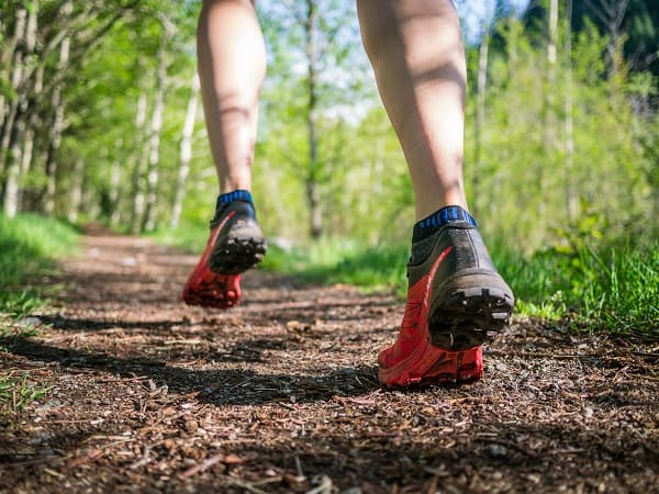salomon-trail-running-shoes