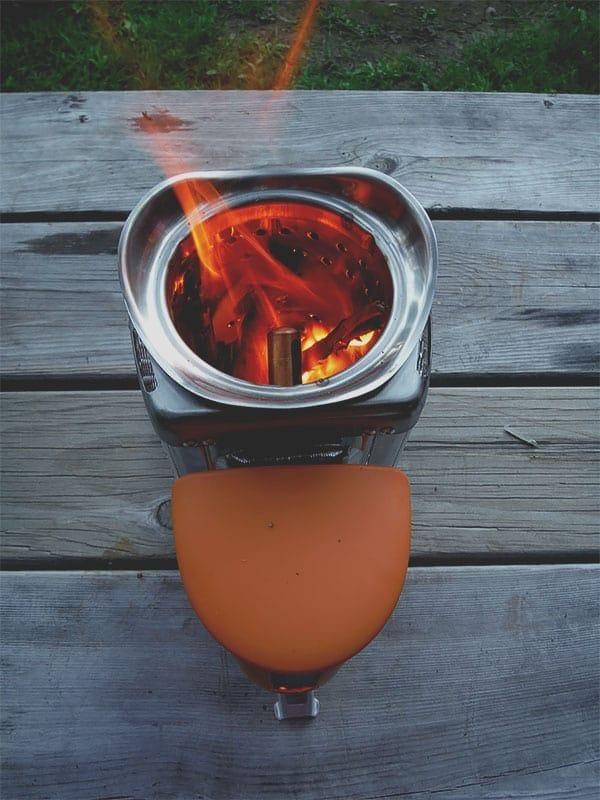 biolite-campstove-picture-camping-2