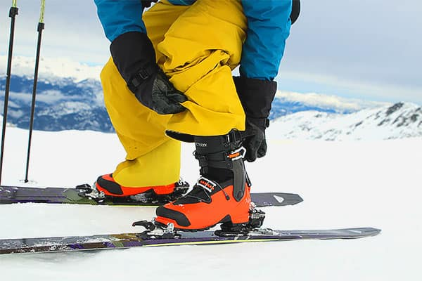 altitude-blob-arcteryx-ski-boots_photo-2