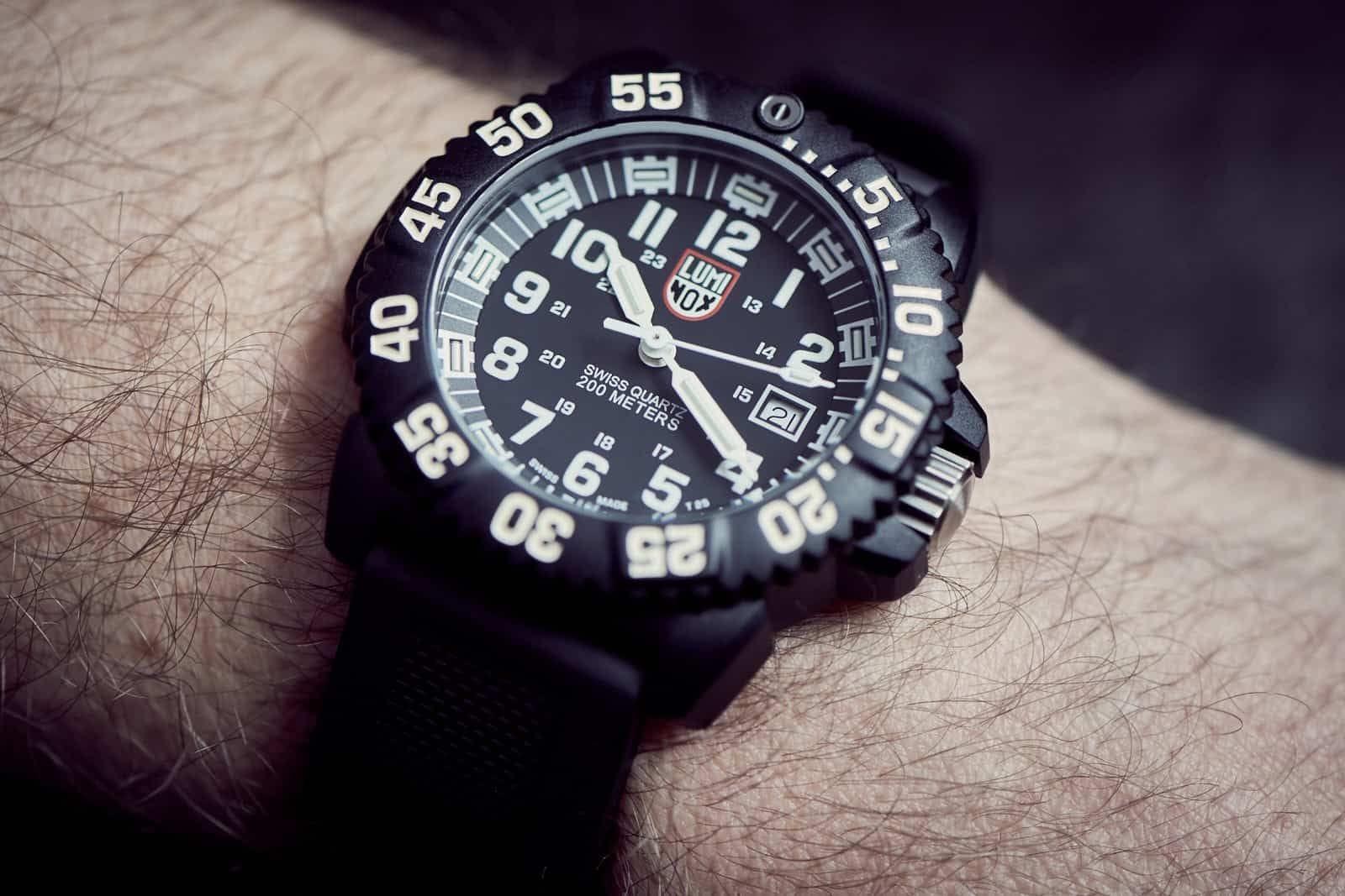 Luminox Navy Seal Colormark 3050 Series Watch Review