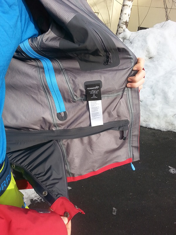 altitude-blog-Norrona-Review-Snowboard-Wear-picture-3