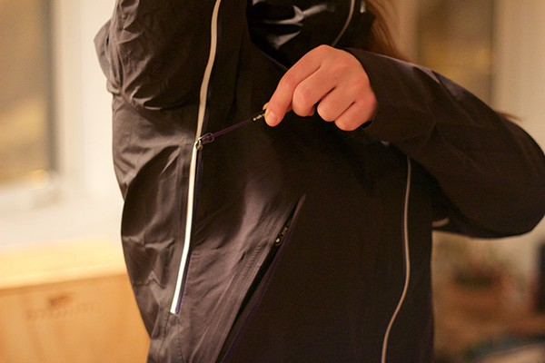 altitude-sports-peak-performance-picture-jacket-4