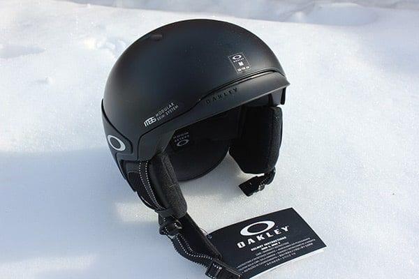 f031d2fcaf Oakley MOD3 Helmet Review - Altitude Blog