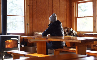Camping, snowshoeing. L'expérience en tente OTENTik.