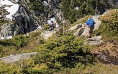 Arc'teryx, Lowa, Mountain Hardwear, Osprey, randonnée, Salomon, The North Face. Bien s'équiper pour une randonnée d'une journée.
