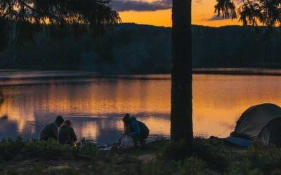 Astuces, Camping, Light My Fire. 7 trucs faciles et infaillibles pour faire du feu en camping.