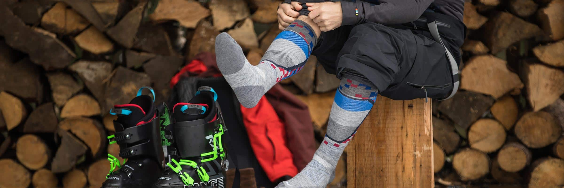 How to Choose the Right Pair of Ski & Snowboard Socks