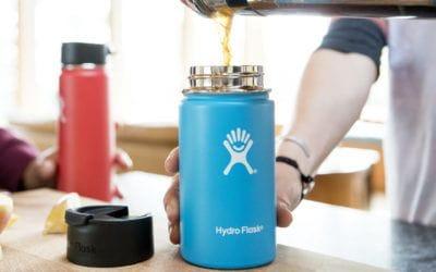 GSI outdoors, hydro flask, Mizu, Stanley, YETI. 5 tasses isothermes pour garder votre café au chaud.