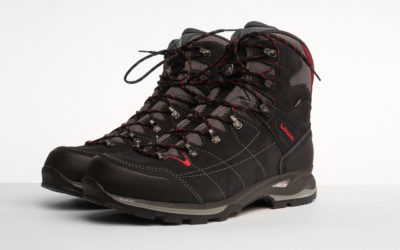Hiking & Trekking, Lowa. Lowa Vantage GTX Mid Hiking Boots Reviewed.