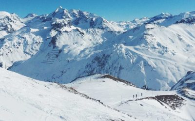 Ski & snowboard, ski hors piste. Top 10 des idées cadeaux pour skieurs et planchistes.