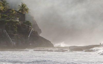 . Affronter les vagues du Salvador avec Rip Curl et OuiSurf.