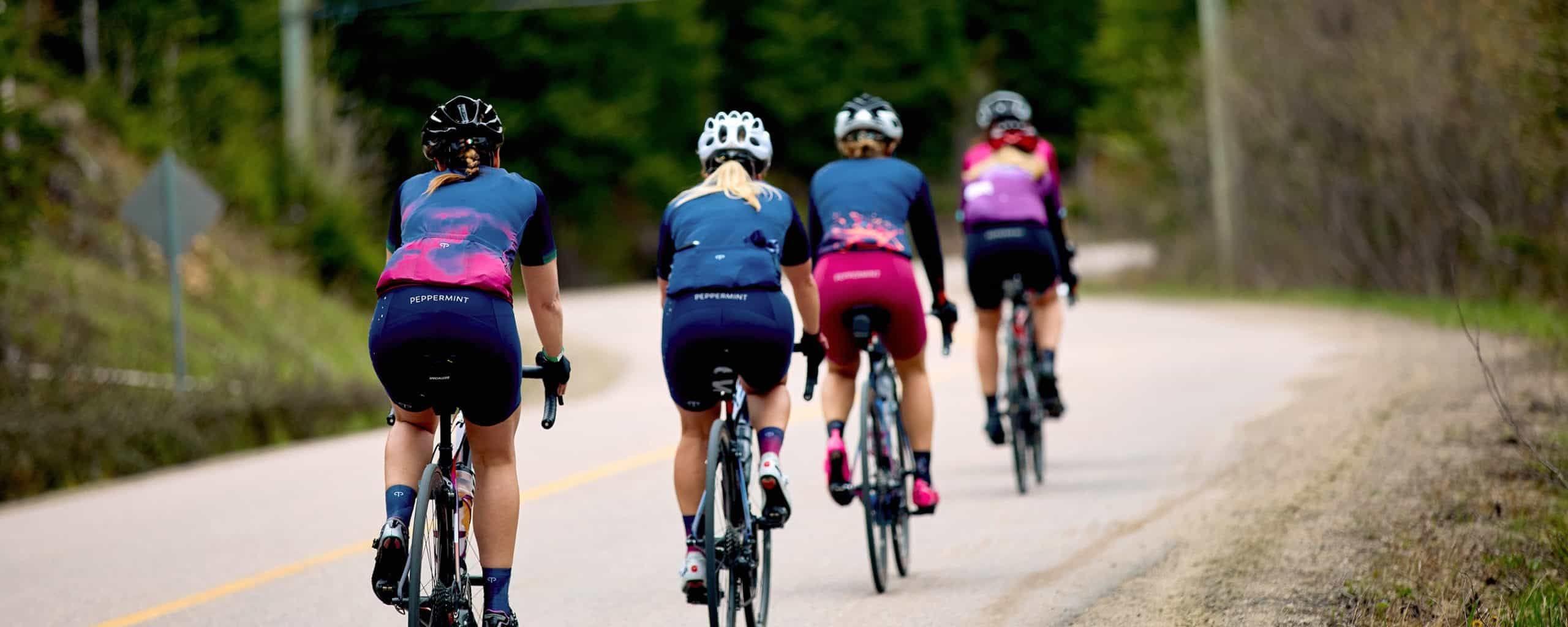 Rouler et nouer de nouvelles amitiés au PEPPERMINT Bikefest