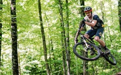 Scott, Vélo de montagne. Revue du maillot Trail Flow pro et du short Trail Vertic par Scott.