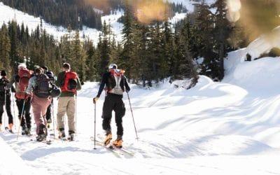 Smartwool. Altitude Sports au Col-Rogers avec Smartwool: une aventure façonnée par les changements climatiques.